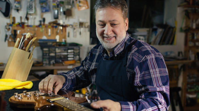 What Makes One Vancouver Guitar Repair Shop Better Than Another?